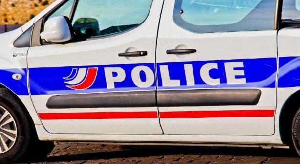 police-voiture-illustration-sipa-836509-01x